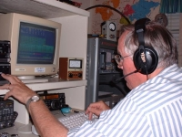 Photo of Bryan Edwards W5KFT operating